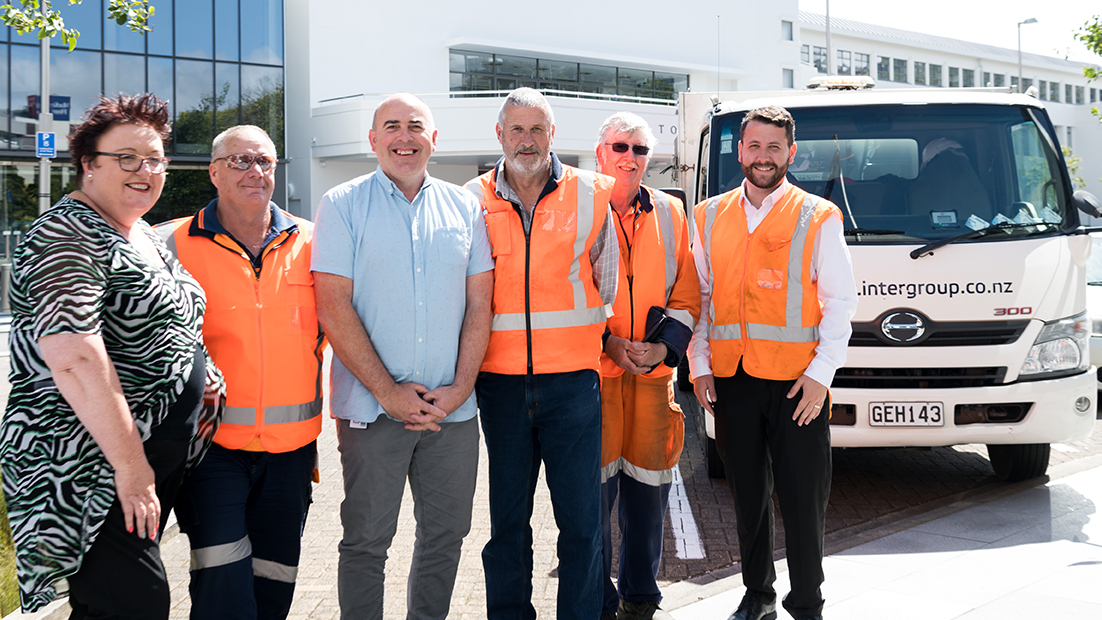 Lower Hutt street cleaners are now receiving the living wage! @LivingWageNZ  Find out more here 👇