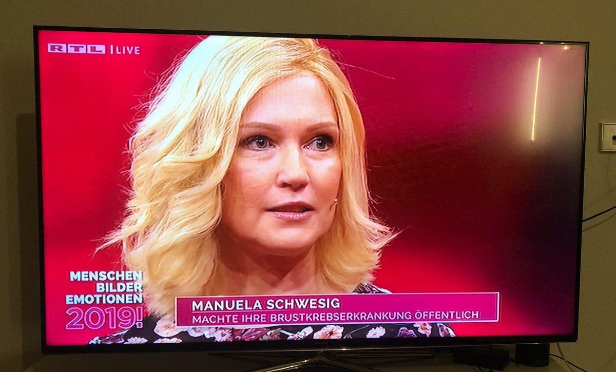 @ManuelaSchwesig im Jahresrückblick bei #GuentherJauch Offener und ehrlicher Umgang mit der Diagnose #Brustkrebs, aber stets geprägt von #Hoffnung #starkeFrau #menschenbilderemotionenpic.twitter.com/4JvkTzAp87