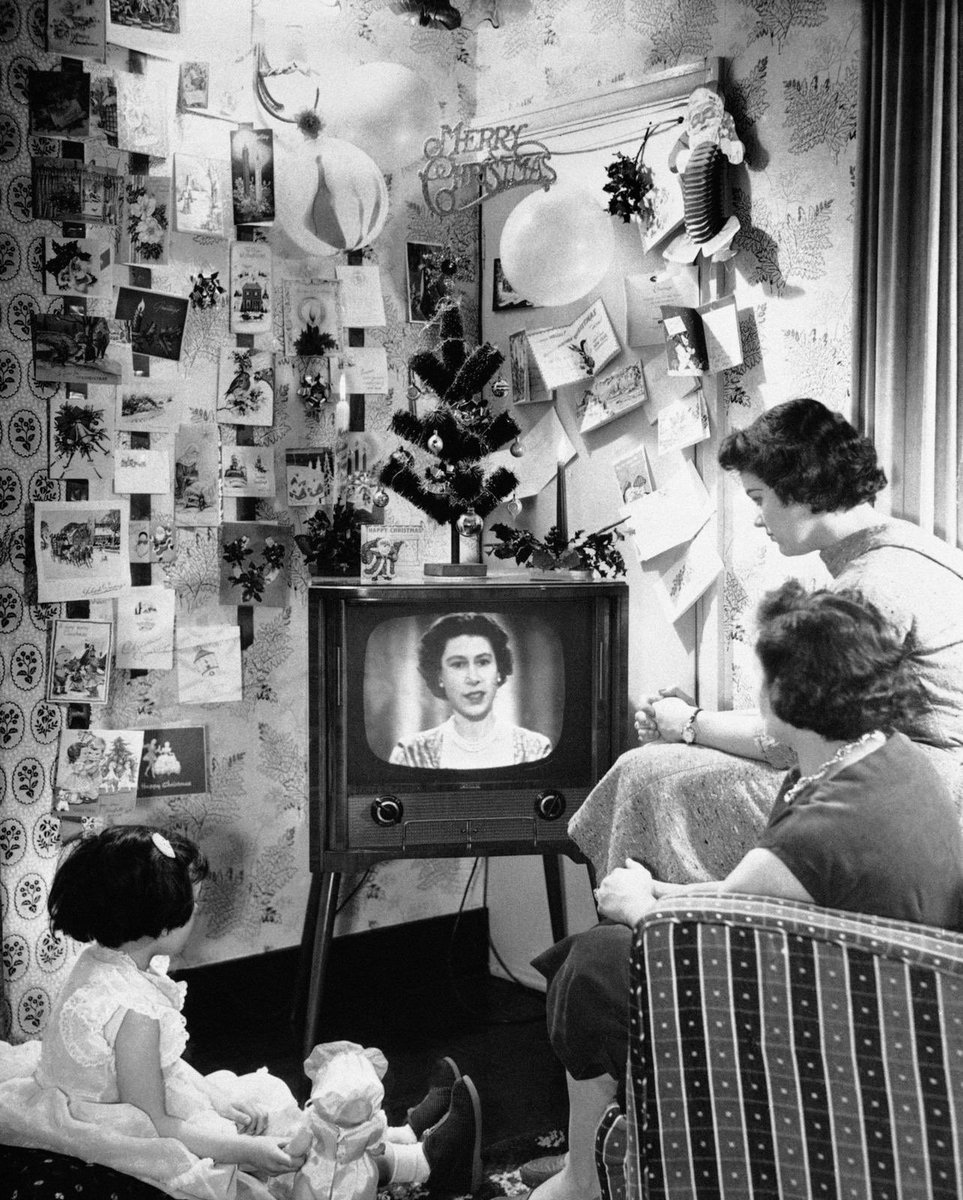The Royal Christmas broadcast has evolved into an important part of the Christmas Day celebrations for many in Britain and around the world. Watch The #QueensSpeech from 1957 in full here: bit.ly/38f5cbP