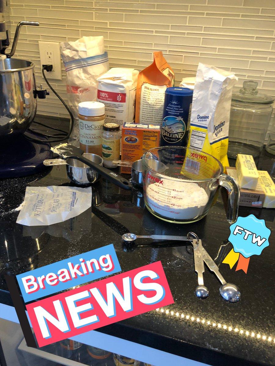 Getting my Bake on #Ragecook<br>http://pic.twitter.com/tE8wOkWZyE