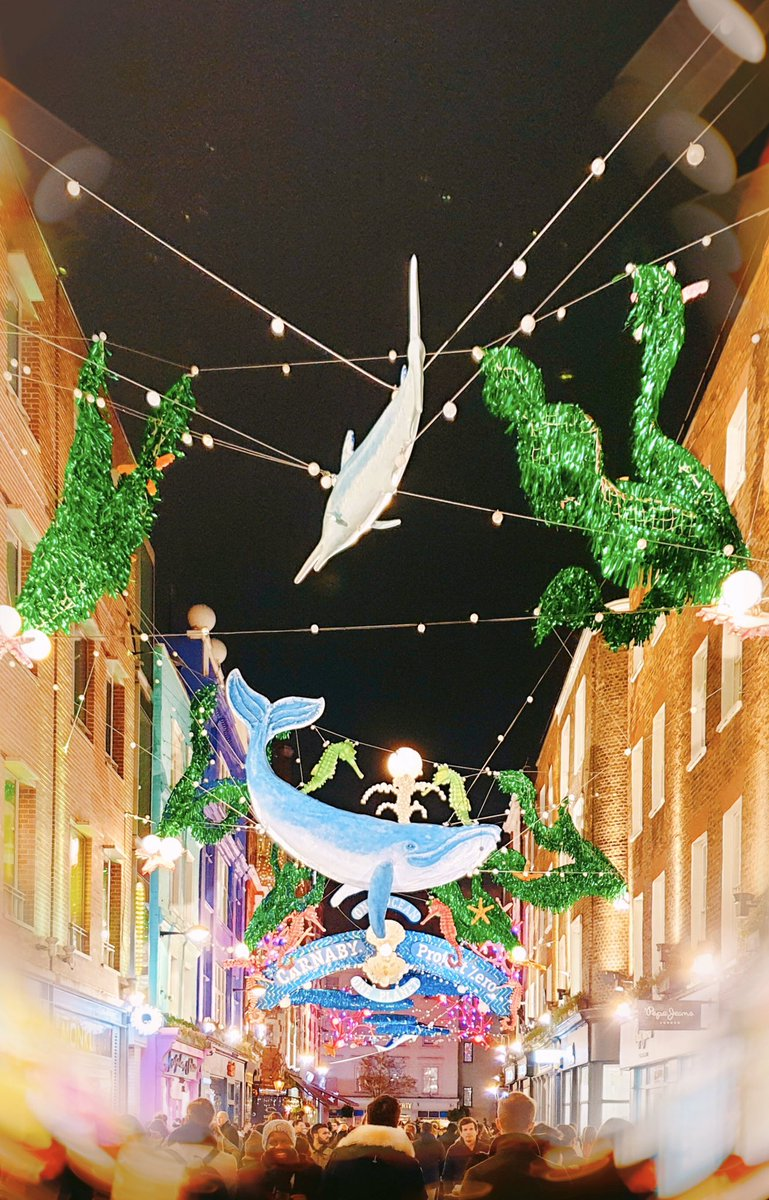Christmas fantasy #carnabystreet https://t.co/6AELSNIQ3X