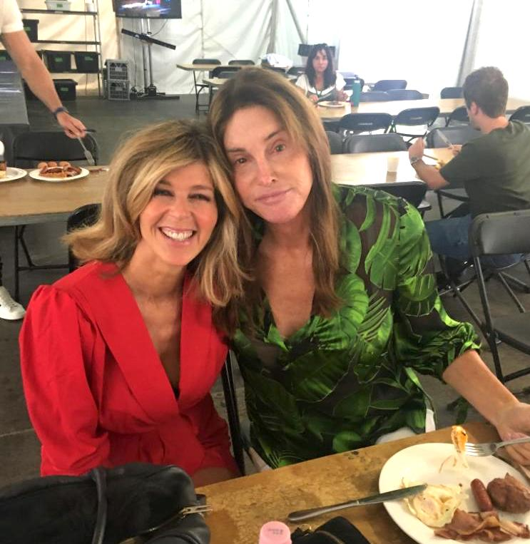 First breakfast with Caitlyn without rice and beans!!  #TeamKate #ImACelebFinal #KateGarraway #ImACeleb @Caitlyn_Jenner #CaitlynJenner #ImACelebritypic.twitter.com/vlJKoJsQf8