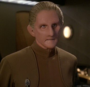 Odo could've been one of the more thankless roles in all of Star Trek. Rene Auberjenois's face was buried under latex that much of its expressiveness, and often he was swapped out for CGI. But what he could do with his eyes, voice & posture... wow. RIP