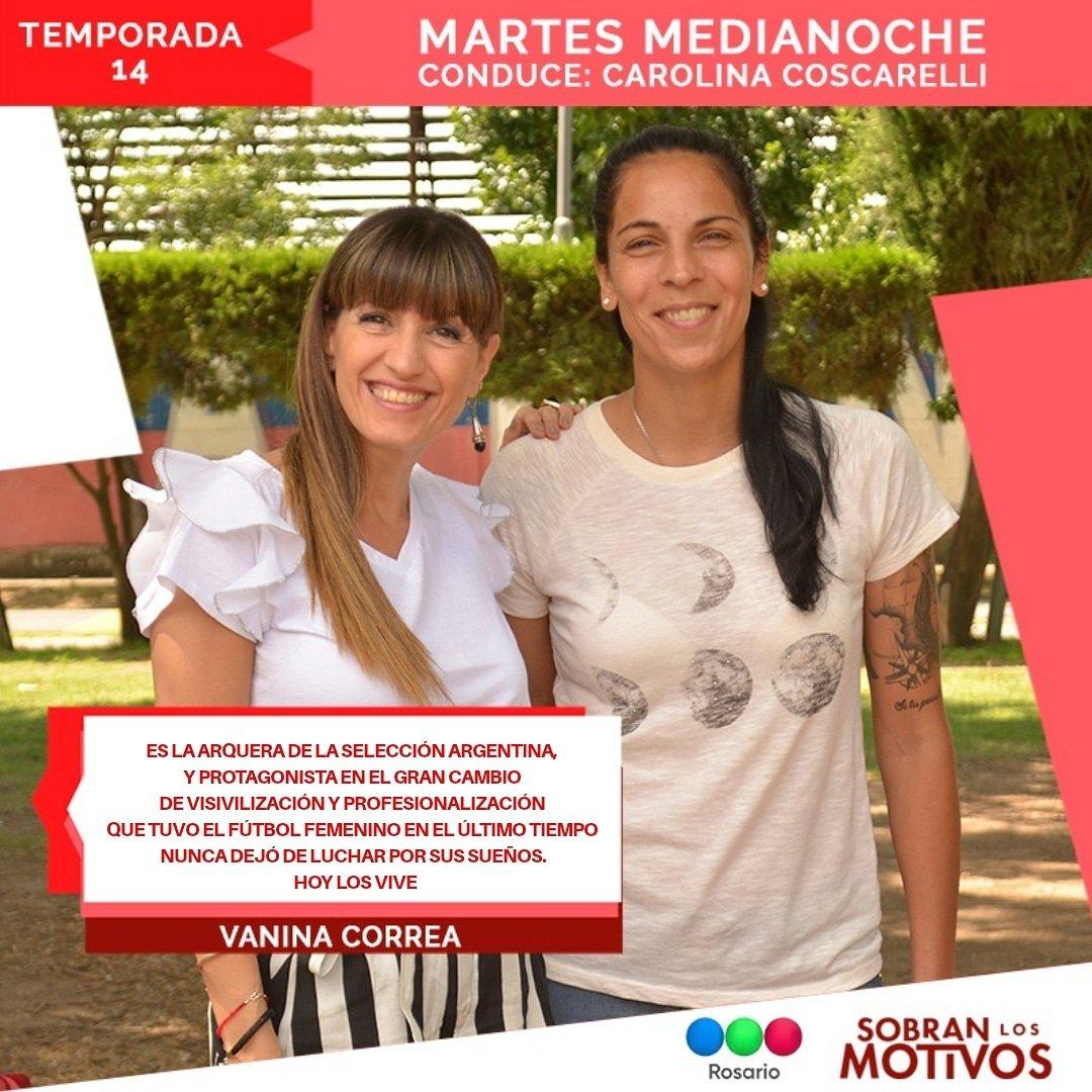 Este #MartesDeSLM llega a nuestros #SillonesRojos una referente del #FutbolFemenino ⚽️🏃🏻♀️ Vanina Correa, la 1️⃣🥅 de la #SelecciónArgentina 🇦🇷#Medianoche por @teleferosario📺#Martes #SobranLosMotivos #SLM #SLM14Años #VaninaCorreaEnSLM #Entrevista #Rosario #Arquera #VaninaCorrea
