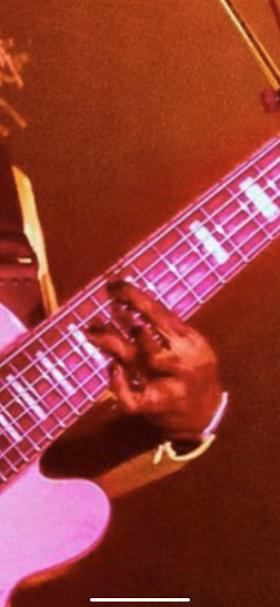 what chord is this   wrong answers only   @Thundercat<br>http://pic.twitter.com/VnnEjmqo0B