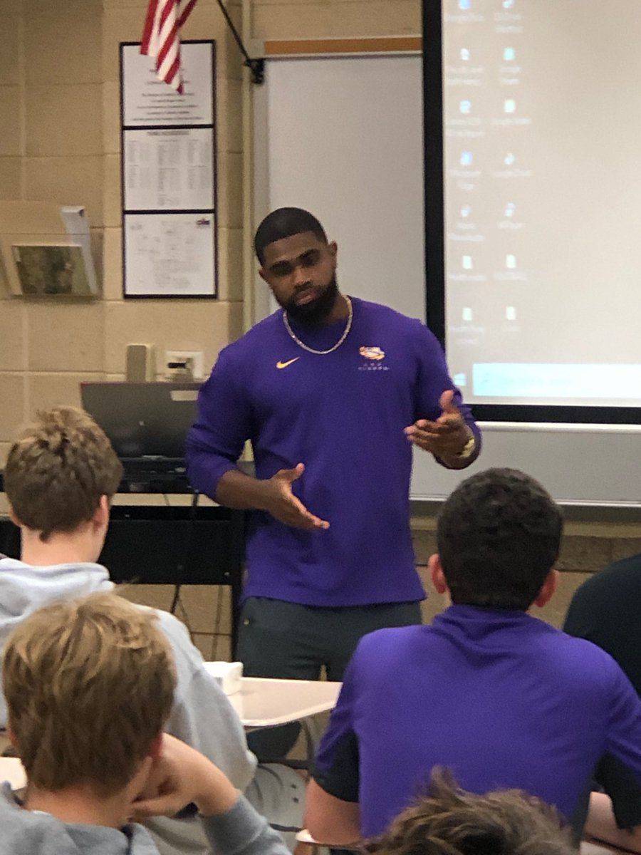 Many thanks to LSU Running Back, and former CHS Bear, Clyde Edwards-Helaire for his willingness to share his faith with the Catholic High FCA! Special young man! Geaux Clyde! Geaux Tigers! <br>http://pic.twitter.com/dxc7n6ssA7