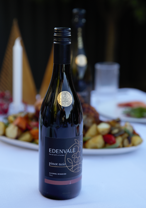 Our Premium Reserve Pinot Noir is ideal an partner for your Christmas meal. It pairs perfectly with popular Christmas Day menu items, such as roast meat and plum pudding.⁠ ⁠  ⁠ #edenvalewines #nonalcoholic #winetime #christmas #delicious #perfectpair