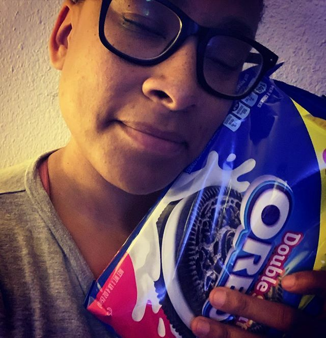 Everybody needs a BFF that knows exactly what to get them as a graduation present ##yogawithacacia #oreo #favorite #cookies #delicious #yummy #delicious #blessed #friends #bestfriends #love #desert