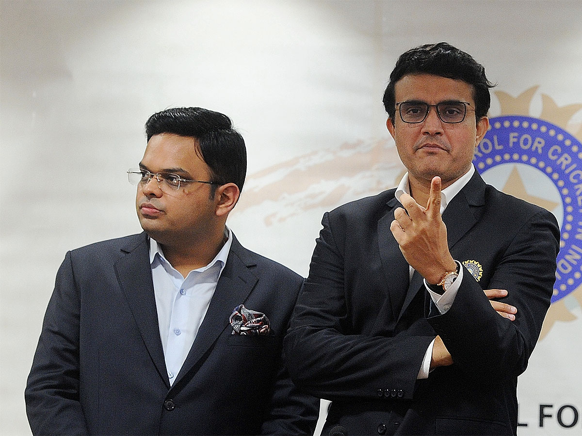 #Cricket #souravganguly #BCCI @SGanguly99, @JayShah head to UK, to meet @ECB_cricket officials this week 🏏The meeting in London could give a peek into the near futureRead More 👉http://toi.in/sg-jCb/a24gk