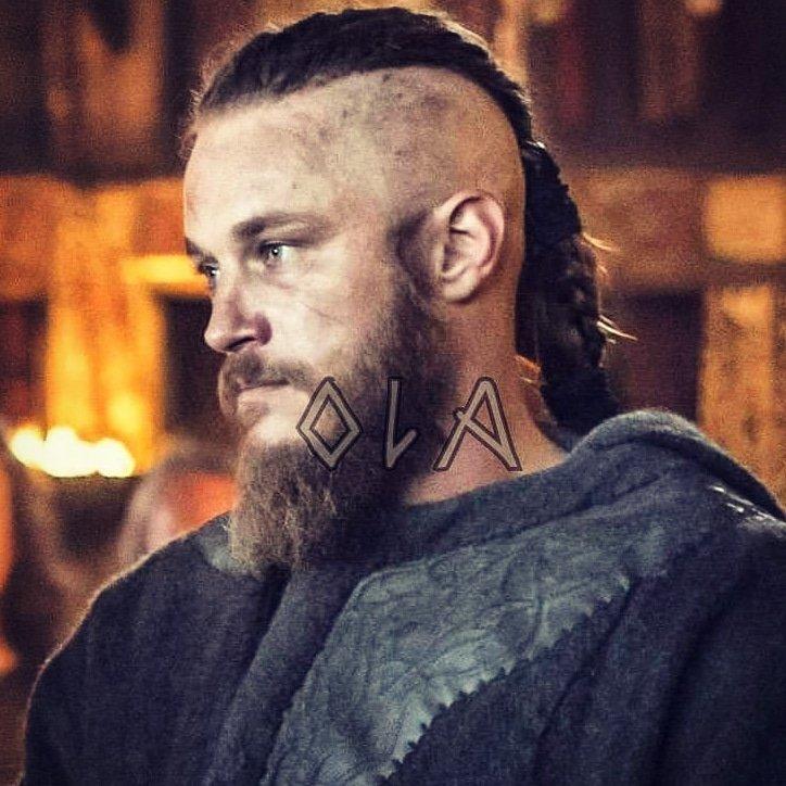 #magnificentmanmonday King Ragnar #mysexyviking #ragnarlothbrok #travisfimmel #vikings pic.twitter.com/UKvUl679nU