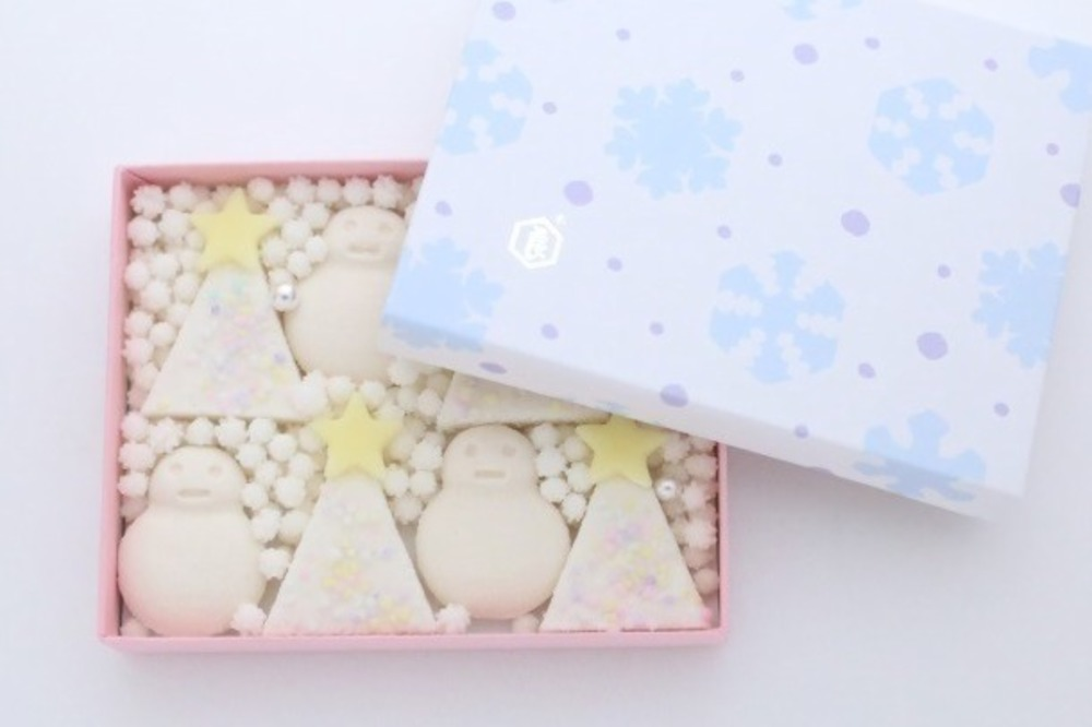 "RT @fashionpressnet: 「クリスマス和菓子」が新宿高島屋に集結、真っ白な""雪だるま""落雁や""ツリー""生菓子 -..."