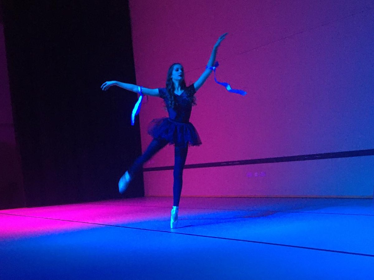 Our Spotlight Dance Showcase was a huge success on Thursday evening. Well done to all the students involved for all your hard work and commitment! You have done yourself and Trinity Academy Halifax very proud! #tahdance #talented #spotlight