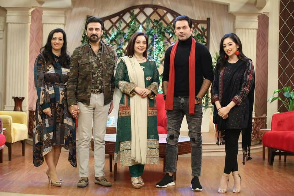 Lead cast of #SacchTheMovie spotted at #JuganKazim show, Promotions are in full swing as film is ready to hit silver screen on 20th of December..  #Sacch #Lollywoodfilmindustry @SACCHthemovie @elyseesheikh @IAsadZamanKhan @zulfikar_sheikh @TasminaSheikh @HUMFilms @Humtvnetworkpic.twitter.com/baSDuxo9wI