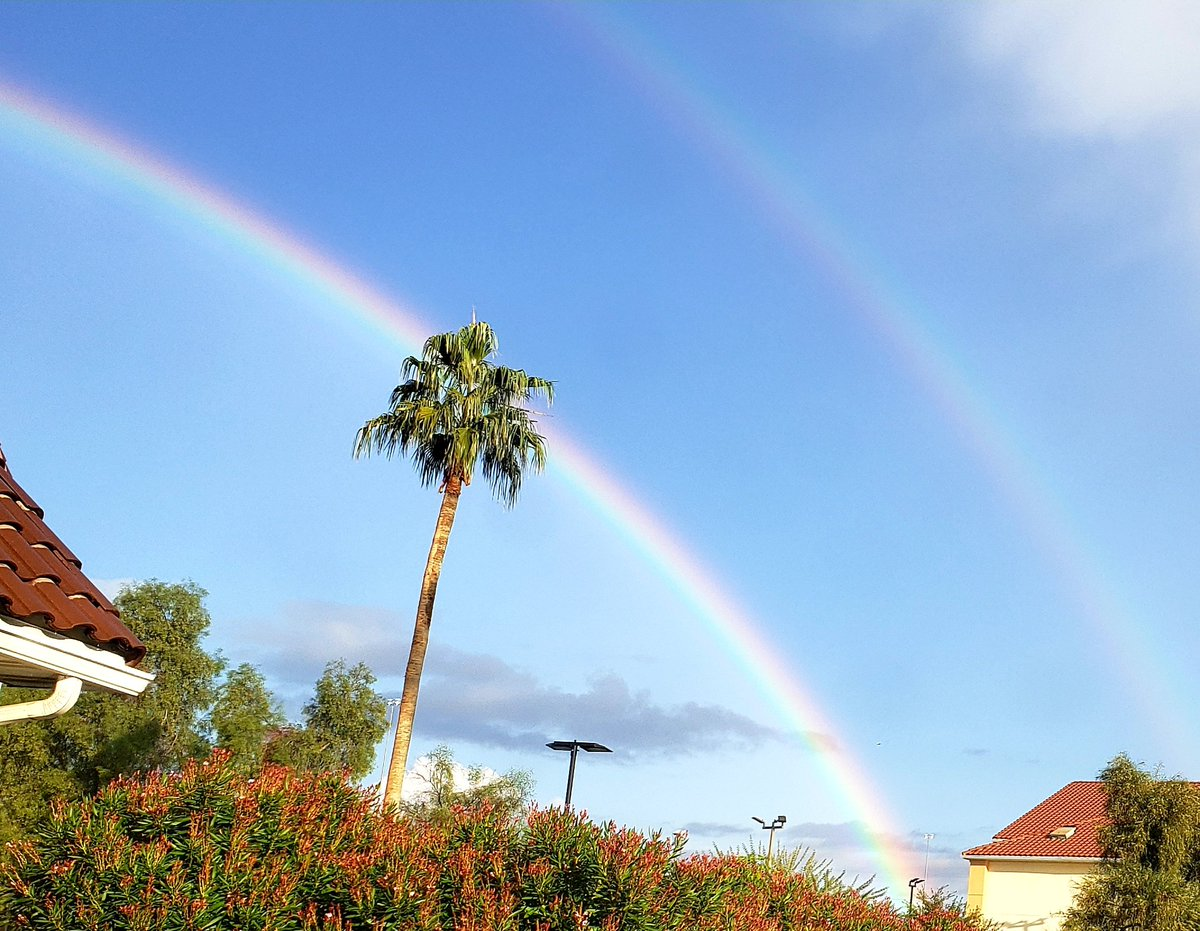 Natures beauty, a double rainbow in the desert. #rainbow #doublerainbow #nature #NaturePhotography