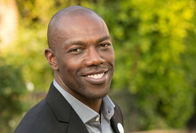 HAPPY BELATED BIRTHDAY TO NFL STAR TERRELL OWENS! HE TURNED 46 ON SATURDAY, DEC. 7TH! WISHING HIM MANY MORE!