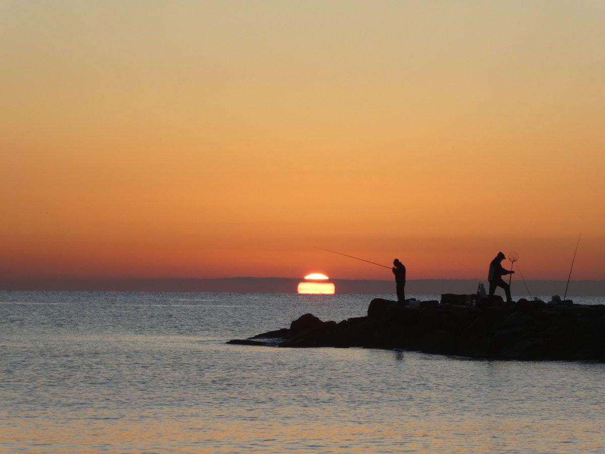 Valencia #Alboraya #sunrise #8december #amanecer @FloridianCreat1 @ThePhotoHour @StormHour @PintoFotografia @Pintografos @RealSaltLife