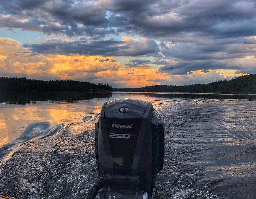 """""""Daydreaming about being back on the water..."""" Anyone else in the same boat this #MondayMorning? : fiftyquest on Instagram <br>http://pic.twitter.com/7zCiqvsbEv"""