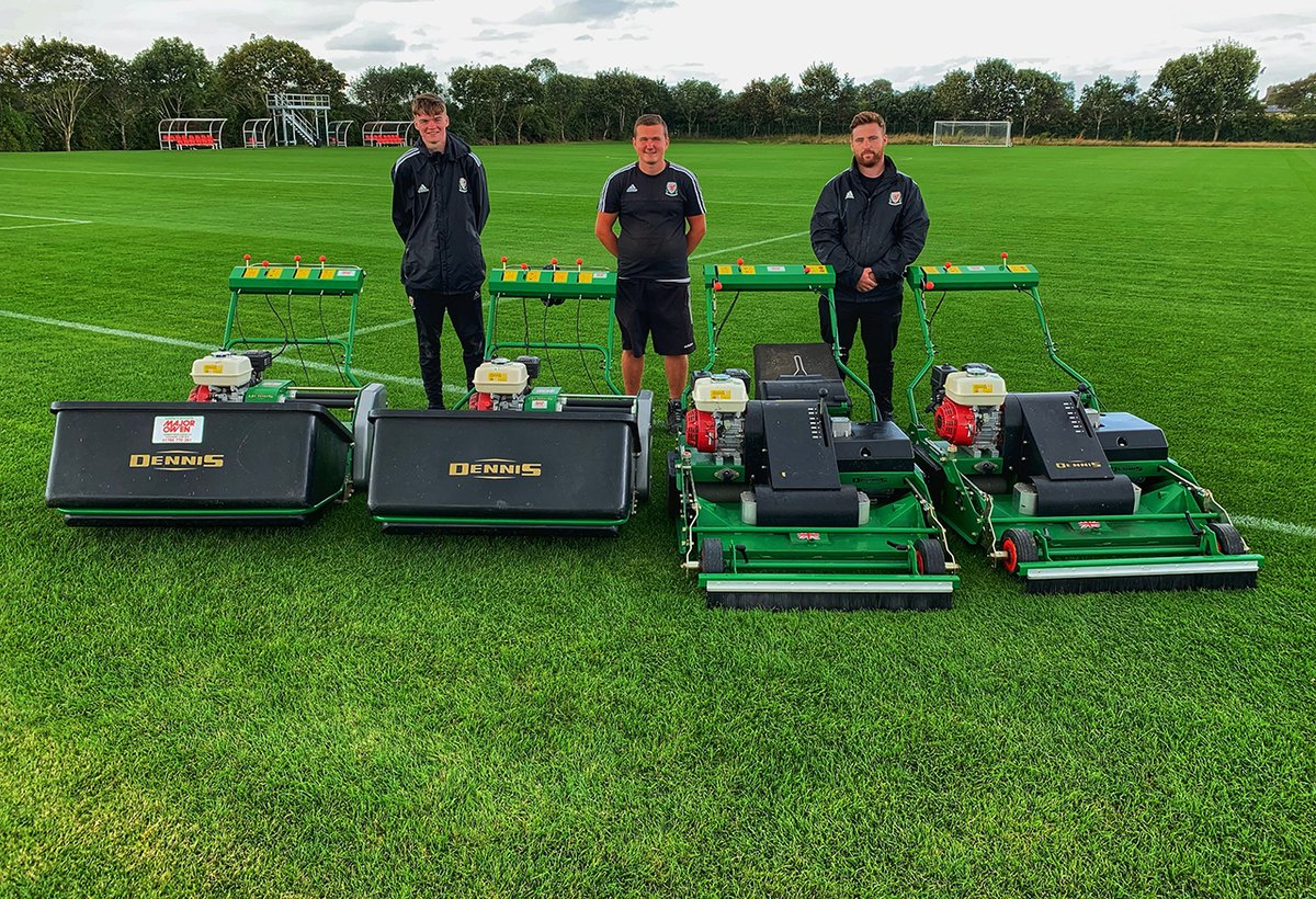 test Twitter Media - .@DennisMowers PRO 34R exceeds standard for rotary mowers at Colliers Park  @SISISMachinery https://t.co/4ITS5Qu3cf #sapcanews https://t.co/f6Ok76obIJ