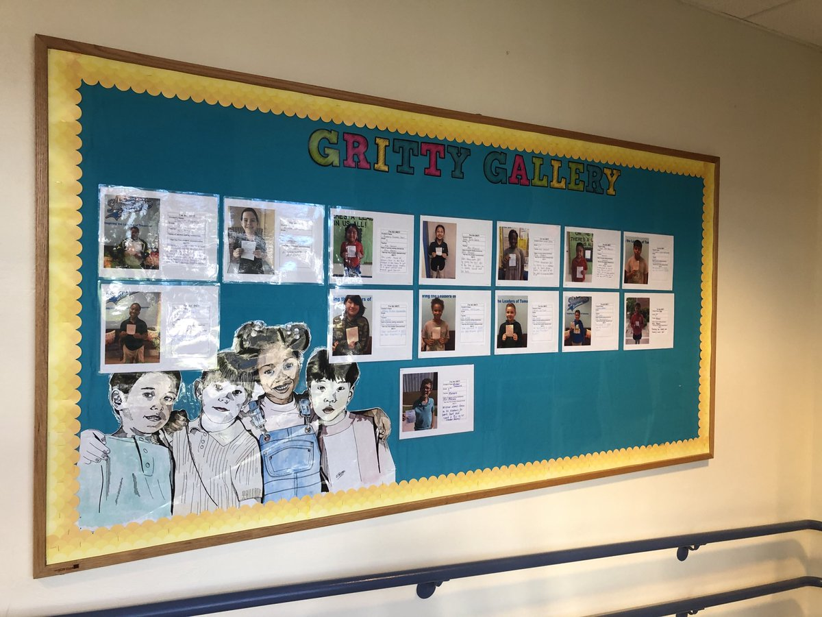 Our Gritty Gallery is growing. Our students are showing GRIT @SLESeahawks #TogetherWeRise #CCPSFamily https://t.co/HpeH0ifbbt