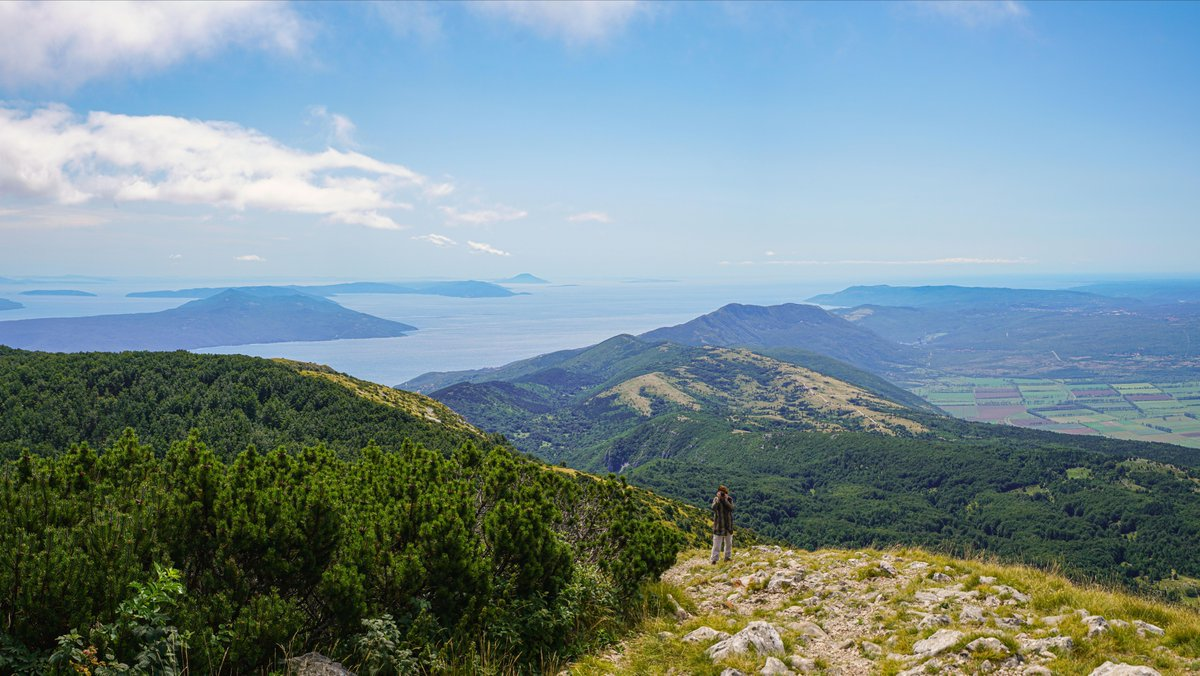 The view from Mt Vojak, the highest peak in Croatia's Istrian Peninsula.  Visit Croatia: https://t.co/wje5YFjk21 https://t.co/nCGzvzNc21