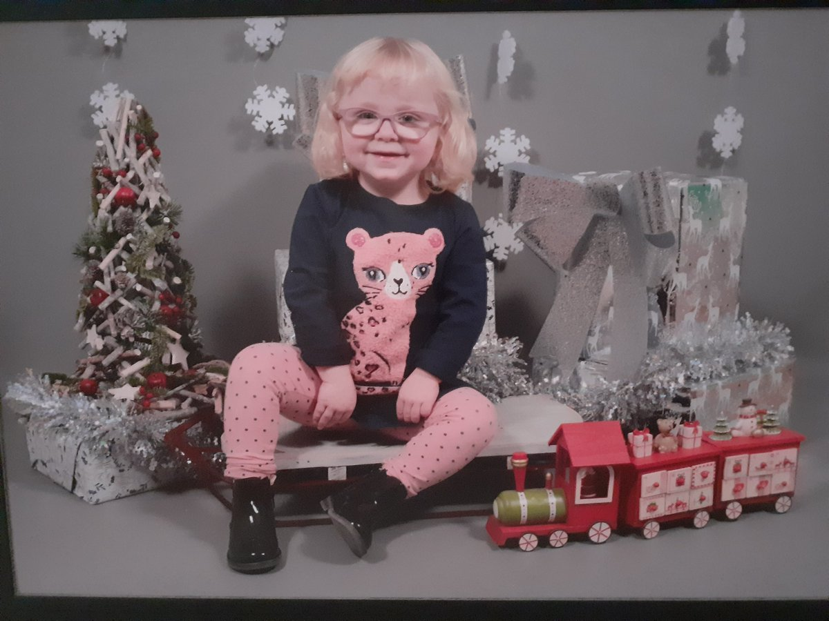 I would love to win for my little girl Amy 💗 This looks brilliant 😁@Vkinsify #Advent #Win
