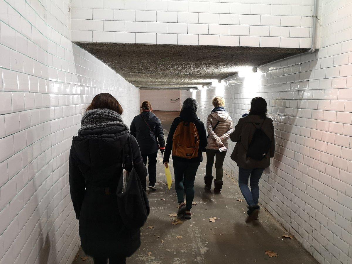 Avui hem explorat carrers i places del nucli antic amb mirada femenina. Hem analitzat els punts de l'espai públic on no ens sentim segures per veure com els podem millorar. #santcugat https://t.co/WP6Ly697mM