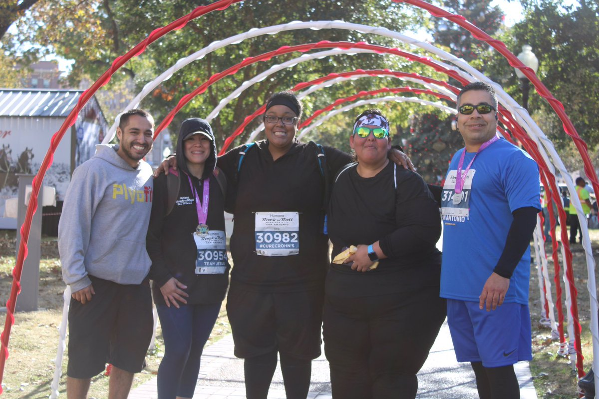 Amazing weekend participating in the Rock N Roll Marathon series with some of the PlyoFam!! Great event to part take with my amazing family! First time for a lot of us. Proud of all of them!💪🏽🔥 #PlyoFam #PlyoFit #LifeStyleChange #Running #10k #Marathon