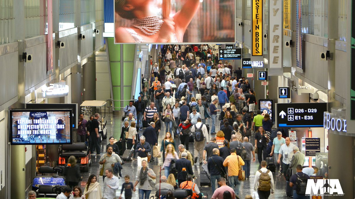 We welcomed more than 1.5 million passengers between 11/22-12/3. Were you one of them? #MIAStat