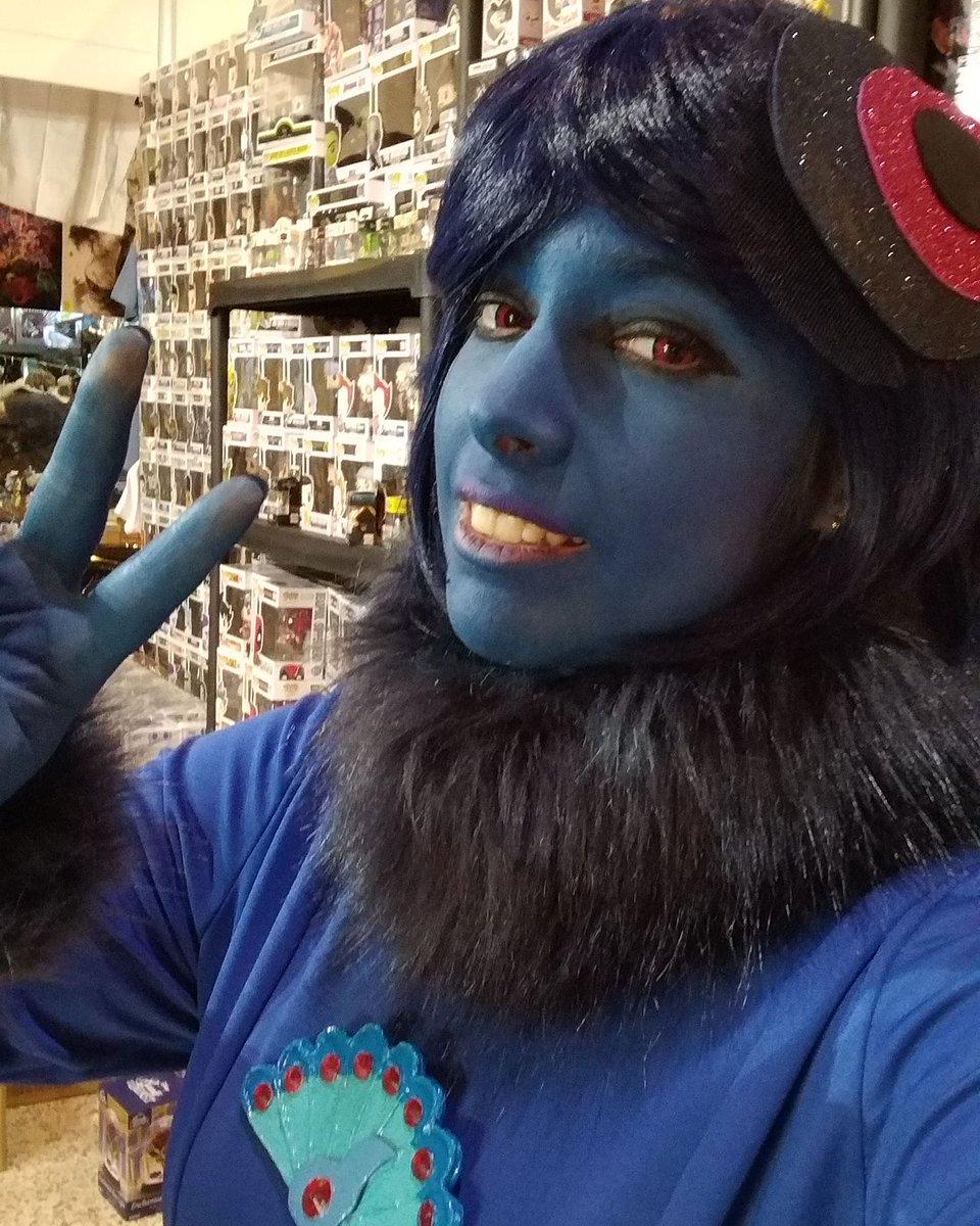 Primer dia de Mangafest y estrenando a mi bebé #cosplayer #ladybug #mayura #akuma #kawaii #anime #drawing #vocaloid #cosplay #uniqso #miraculousladybug #miraculousladybugcosplay #ladybugcosplay #nathaliesancoeur #villain #girls #SuigintouChirou #miraculer #makeup #mangafest19pic.twitter.com/sgXi0j5rFw