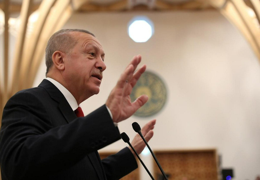 Erdogan: Turkey and Libya can conduct joint explorations in eastern Med  https:// reut.rs/2RwfBd8    <br>http://pic.twitter.com/Bk6h8QbAOI