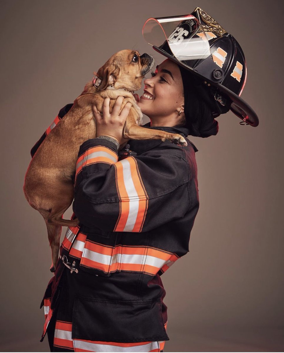 Firefighters + cute dogs = ❤️ Going to go make this into a calendar, brb.