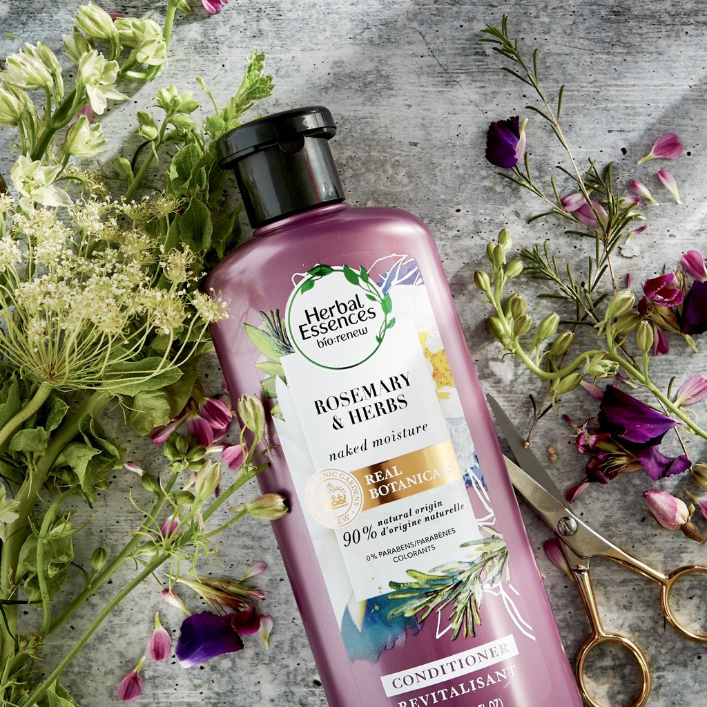 Let's cut to the chase ✂️ If you have fine, flat hair in need of a little moisture, your hair will thank you for using the Rosemary & Herbs collection. Its real botanicals are endorsed by the Royal Botanic Gardens, Kew @kewgardens so you know it's the good stuff. #HerbalEssences https://t.co/jMsnWDR8Om