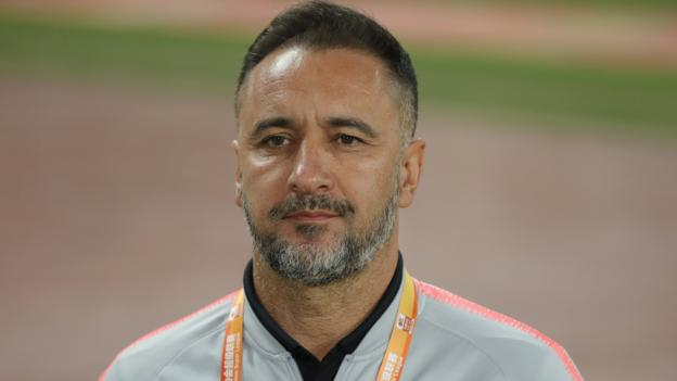 [Sport - BBC] Vitor Pereira: Everton have Shanghai SIPG coach high on shortlist to be new manager dlvr.it/RKz53s | @BBCSport
