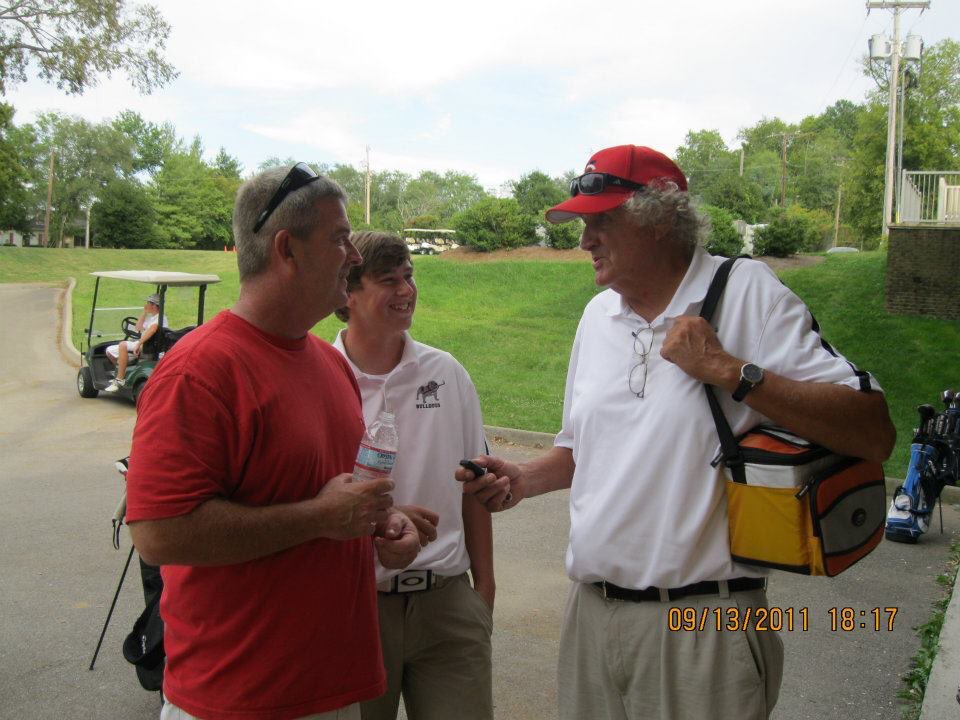 There was not a story I wouldn't listen to of his. I've never known a nicer man and there are so few that didn't know his name. I'm honored to have known him. @GolfHchs, the town of centerville, and the game of golf as whole lost a great man today. Thank you for everything Buzz https://t.co/pmZabXvbT6