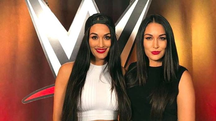 .@BellaTwins talk about how they got their start in wrestling and their advice for how to stay positive in the face of adversity in Girl Up's #SportsForAPurpose series 🤼♀️https://youtu.be/Zy2sGkOyLw4