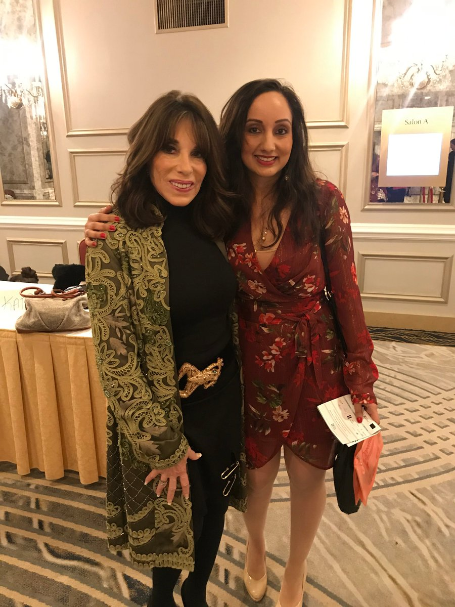 Yesterdays #OpportuniTEA  event by the lovely @KATELINDER  in support of @marchofdimescda  was the most wonderful experience. So amazing to meet some of the incredible cast members from @YandR_CBS  and tell them how much they are loved and admired. Thank you! #YR