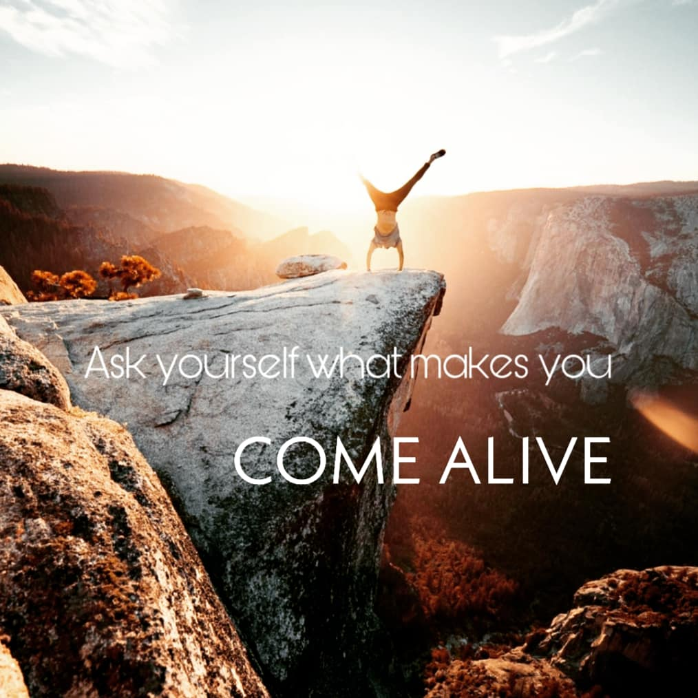 Ask yourself what makes you come alive and then go do that, because what the world needs is people who have come alive. -Oprah Winfrey#mindfulness #love #selflove #wellness #mentalhealth #motivation #mindset #inspiration #happiness #peace #life #health #gratitude #coaching