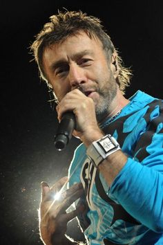 Happy Birthday Paul Rodgers, singer for Free & Bad Company born 12/17/1949.