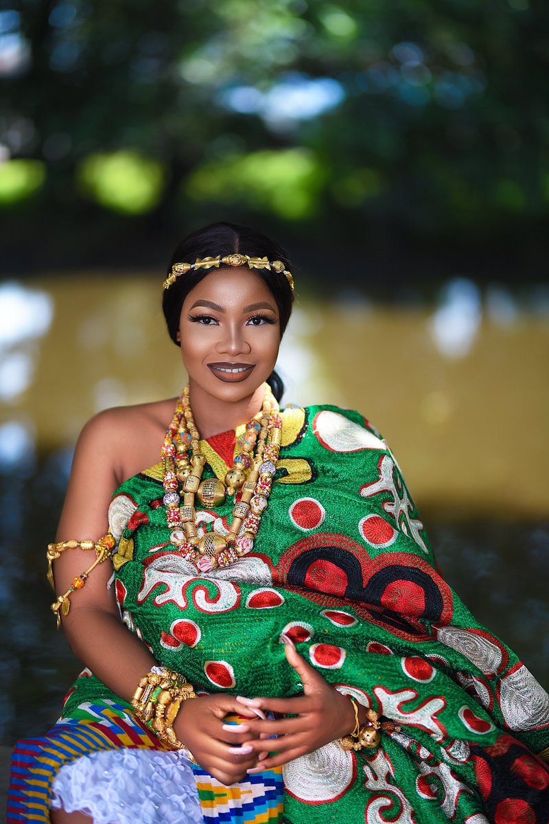 A royal standard is based on bravery.... @Symply_Tacha is one great person that's so brave, Fierce, fearless, bold, strong & full of all royalty... Example of this is David in Bible, who protected the testimony of his father's joy. #RoyalTacha I Stan forever<br>http://pic.twitter.com/ZwIToxvBKM