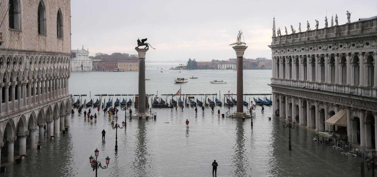 On December 16th in the #OTB office of #Breganze #OTBfoundation will host a charity event in support of #Venezia, recently hit by bad weather. Guests and two special people like Vale e Diego from #RadioDeejay will make the evening unique. Pic from #Lapresse