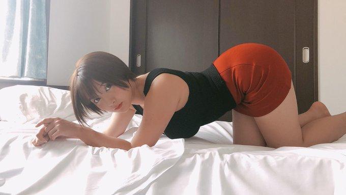グラビアアイドル紺野栞のTwitter自撮りエロ画像28