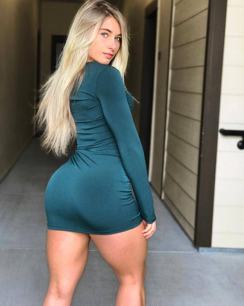 Your dick would look much better between my legs !  #fitnessgoals #Sado <br>http://pic.twitter.com/1fsAg6cxVK