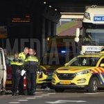 @mediatvnl - Tiener gewond na aanrijding met vrachtwagen 1e Barendrechtseweg Barendrecht : https://t.co/BgCjXIakcG https://t.co/6czkFtOMdf