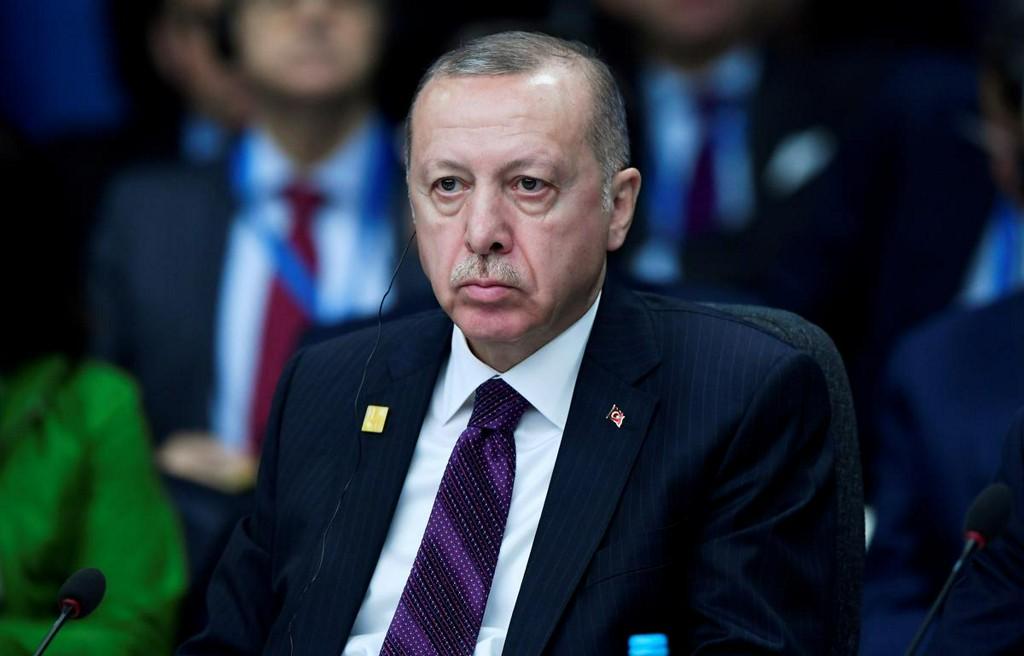 Turkey's Erdogan says Nobel academy rewarding human rights violations  https:// reut.rs/2P7eLSx    <br>http://pic.twitter.com/JcybqJPAzO