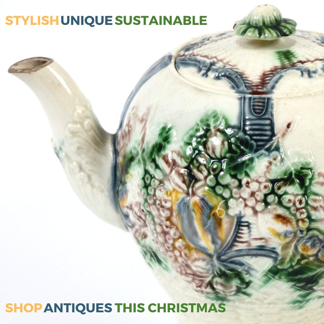 Stylish, unique, sustainable - shop antiques this Christmas. #antiques #ChristmasGiftIdeaspic.twitter.com/ijNvYCn0Sf