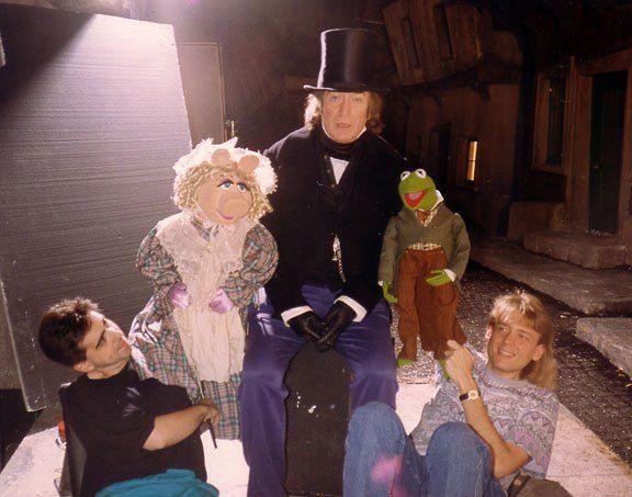 When the eggnogg hits...  #moviepod #muppets #holidaymoviespic.twitter.com/5dNQbIXQQU