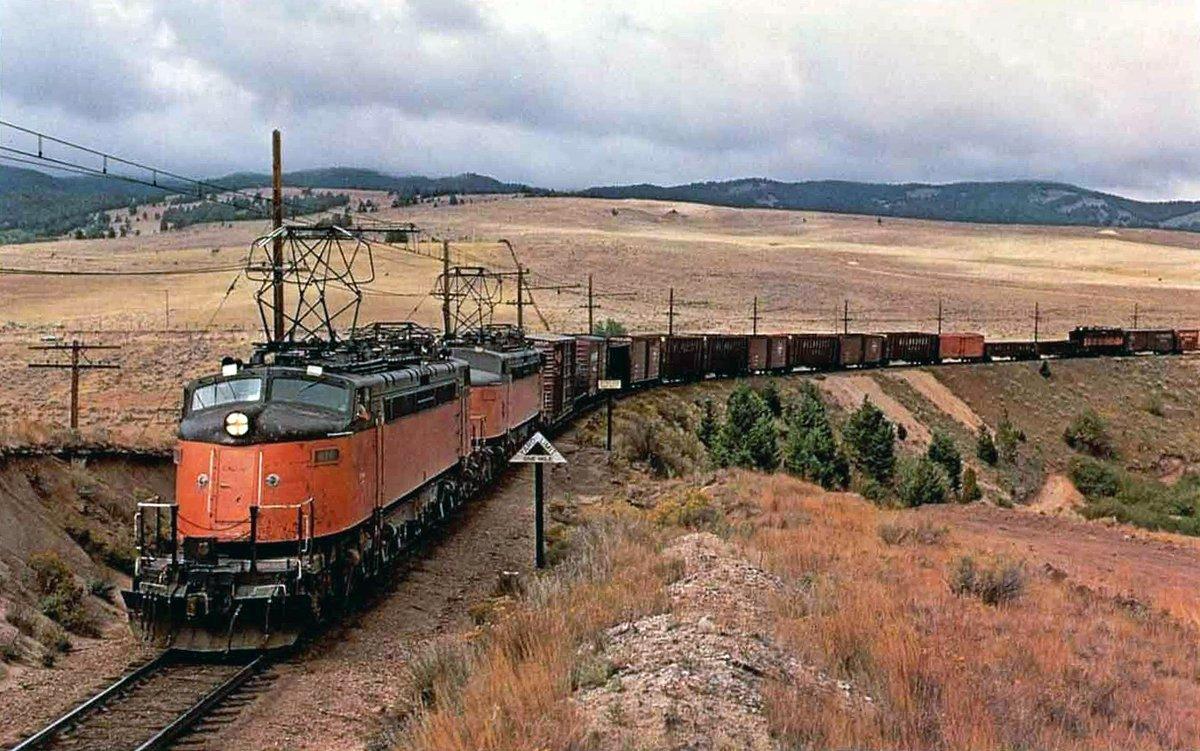 ELbnzz8WwAAHedo - Electric Railroad through the Rockies