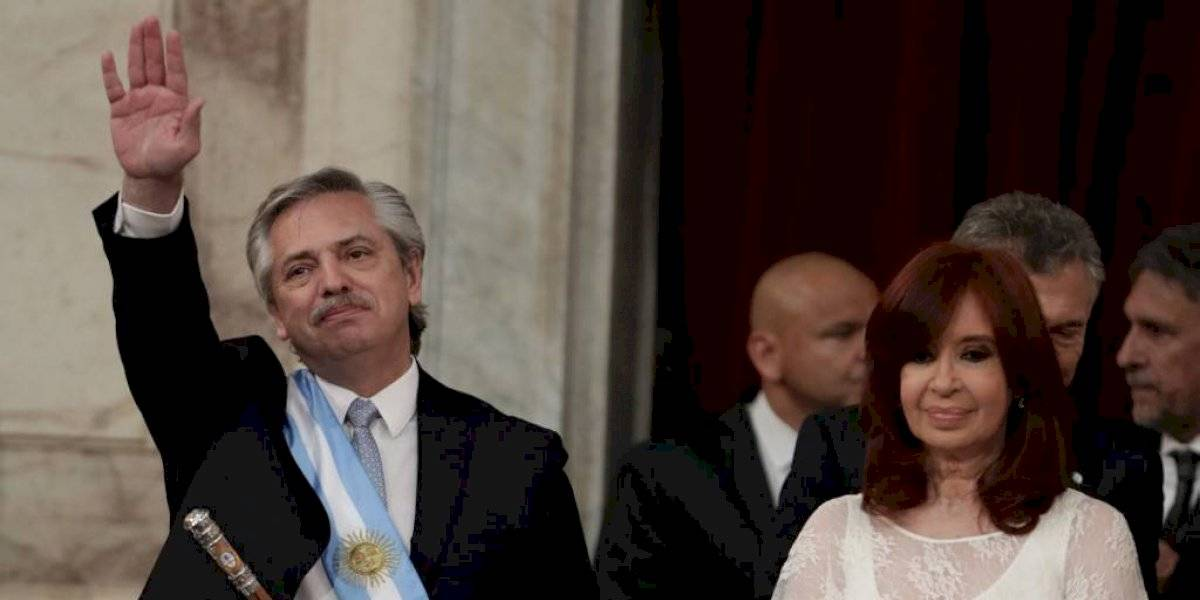 Diaz-Canel attends new government inauguration in Argentina