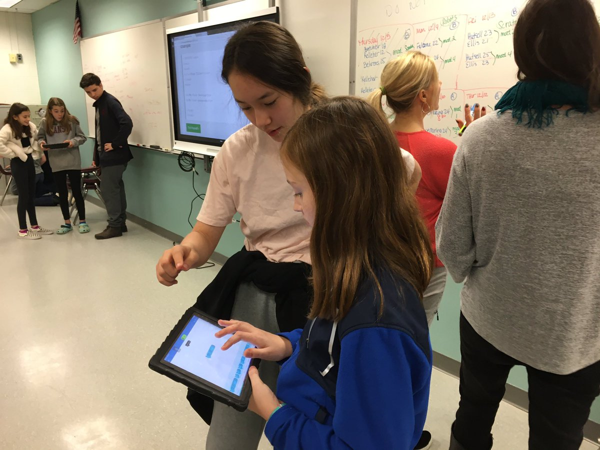 RT <a target='_blank' href='http://twitter.com/ReneeHarber'>@ReneeHarber</a>: Our Computer Science students host Hour of Code for 6th grade! <a target='_blank' href='http://twitter.com/SwansonAdmirals'>@SwansonAdmirals</a> <a target='_blank' href='http://twitter.com/APS_CTAE'>@APS_CTAE</a> <a target='_blank' href='https://t.co/JoEZfeecQ6'>https://t.co/JoEZfeecQ6</a>