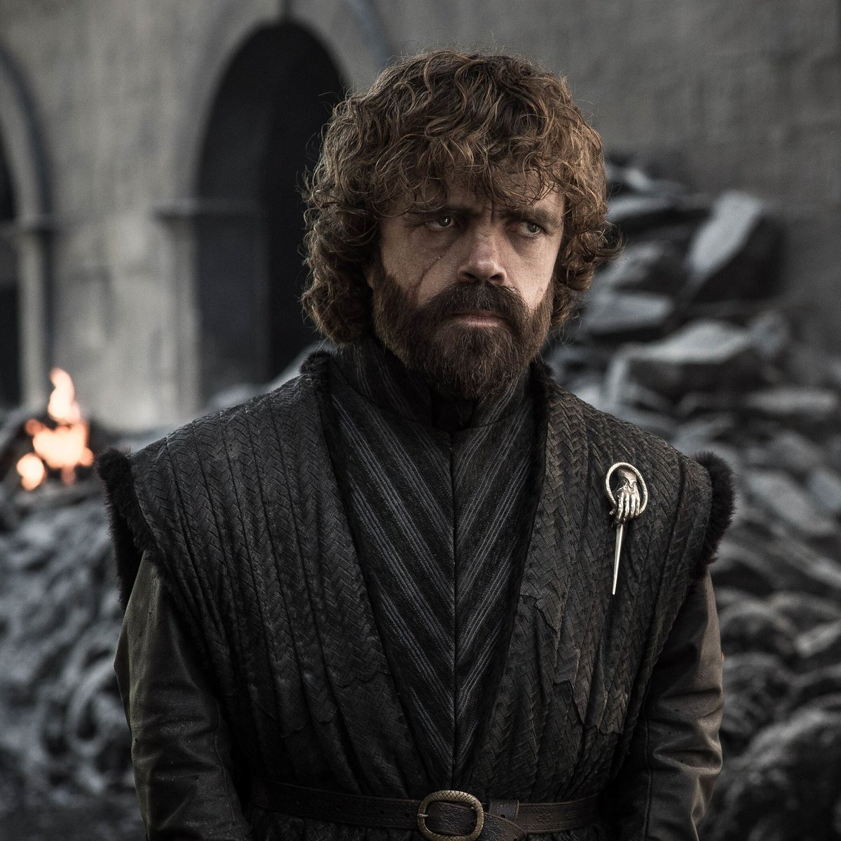 Peter Dinklage thinks D&D did an 'extraordinary' job with #GameofThrones S8 & Daenerys' fall   'For everybody to get upset because they loved a character so much and they had so much faith in that person—there were signposts all along the way for that character'  (via @NewYorker)<br>http://pic.twitter.com/W23rxgjNZG